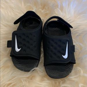 Nike Sandals / flip flops